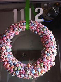 Kims Kandy Kreations: Dum Dum Candy Wreath