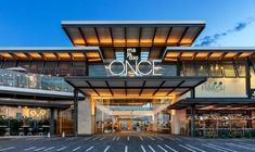 Discover recipes, home ideas, style inspiration and other ideas to try. Shopping Mall Architecture, Retail Architecture, Architecture Design, Plaza Design, Mall Design, Retail Design, Building Exterior, Building Facade, Building Design