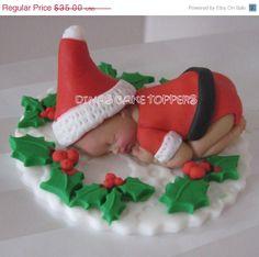 Santa suit Christmas present Baby Cake Topper Wreath Baby Shower Birthday Fondant Bow, Fondant Cake Toppers, Fondant Flowers, Fondant Cakes, Christmas Topper, Christmas Cupcakes, Moldes Para Baby Shower, Fondant Figures Tutorial, Cake Tutorial