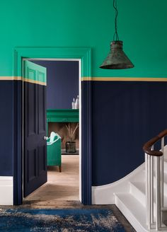 Redecorating your hallway? - Hallway paint colours: 28 inspiring decorating ideas for enhancing your hallway Hallway Colour Schemes, Hallway Paint Colors, Paint Color Schemes, Paint Colours, Door Design, House Design, Hall Painting, Mad About The House, Striped Walls