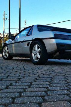 Restomod Pontiac Fiero in Cali Pontiac Fiero, Vintage Classics, California, Places, Car, Automobile, Autos, Cars, Lugares