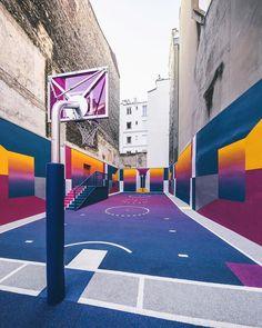 "Виталий Мутко on Twitter: ""Баскетбольная площадка в Париже. https://t.co/4QZriF9Dmx"""