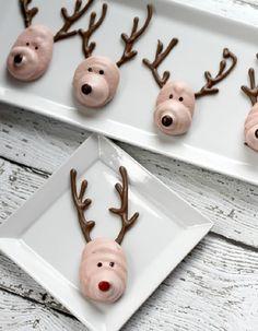 Meringue Reindeer Cookies - 11 Homemade Winter Treats | GleamItUp