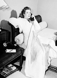 Greer Garson at home in robe/negligee 1940s