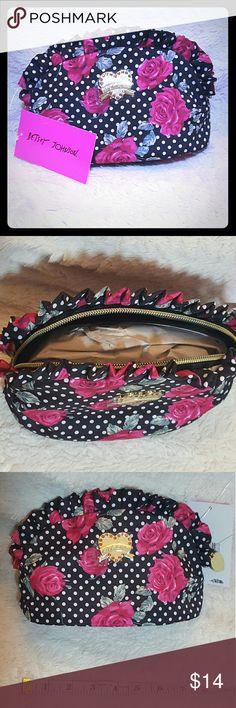 BETSY JOHNSON Small Multiple Purpose Bag NWT ??NWT Betsey Johnson bag that could be a clutch, makeup bag, or purse with gold accents Brand new from Kohl's with tags. Bundle and save 20% Betsey Johnson Bags Cosmetic Bags & Cases