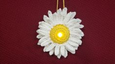 Lighted Daisy Ornament - Free Pattern  Made with a a battery operated tea light; Also pattern for bee, heart, puppy, sheep, frog, Leprechaun, & bunny.