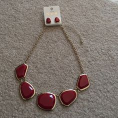 NWT NEU Red Necklace and Earring Set NWT gorgeous necklace and earring set! Neu Jewelry Necklaces