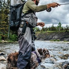 I never have to worry about where the pooch is. Fly Fishing Boats, Fly Fishing Tackle, Fly Fishing Lures, Fishing Humor, Trout Fishing, Fishing Australia, Fishing Girls, Fishing Outfits, Fishing Equipment