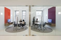 Differentiate your huddle rooms with a splash of color