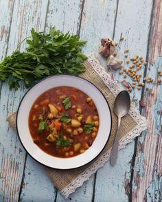 Sardyńska zupa warzywna minestrone
