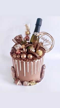 Celebrate a birthday in style with this stunning chocolate buttercream drip cake! Complete with chocolate decorate treats, mini bottle of fizz and golden topper! Chocolate Birthday Cake Decoration, Birthday Cake Decorating, Chocolate Drip Cake Birthday, Cake Chocolate, Chocolate Cake Designs, Adult Birthday Cakes, Birthday Cakes For Women, Golden Birthday Cakes, 40th Birthday