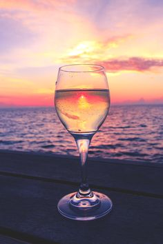 The best photos of beautiful landscapes from all around the earth. Another Day In Paradise, Relax, Summer Dream, Wine Time, Jaba, Planet Earth, Beautiful Landscapes, Beautiful World, White Wine
