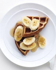 Peanut Butter and Banana Waffles | 24 Very Important Next-Level Waffles via @BuzzFeed