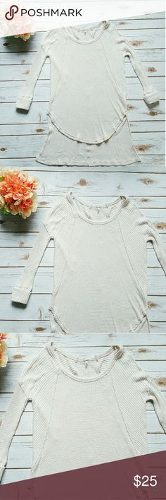 FREE PEOPLE HIGH-LOW SWEATER *EUC *LIGHT COTTON FABRIC *BEIGE COLOR *GREAT TO BE WORN WITH LEGGINGS OR EVEN AS A COVER UP Free People Tops