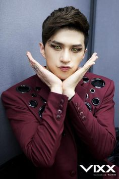 VIXX's Ken -- even with this look, he still managed to do cute pose
