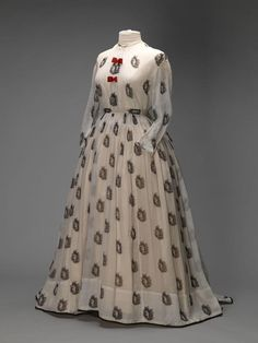 Two-Piece Muslin Gown, circa 1860-1870, via Amsterdam Museum.