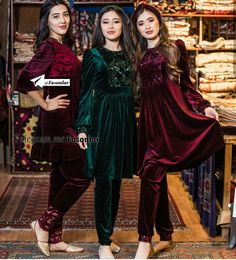 Velvet Pakistani Dress, Simple Pakistani Dresses, Pakistani Dress Design, Beautiful Dress Designs, Stylish Dress Designs, Designs For Dresses, Stylish Dresses For Girls, Simple Dresses, Frock Fashion