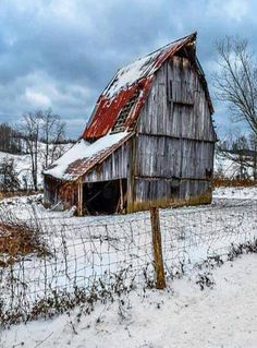 Old Snowy Barn.......