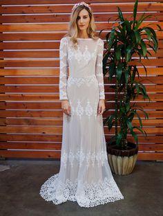 Lisa Lace Bohemian Wedding Dress