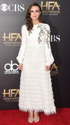 Keira Knightley has struck sartorial gold lately, and we're simply in love with her Giambattista Valli look from the Hollywood Film Awards