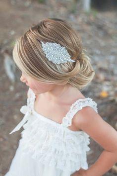 Tutoriel de coiffure pour enfants, coiffure fleurie pour