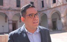 Como homenaje al Centenario Nicolaita, la UMSNH debería ser la única propuesta ante el Cabildo, aseveró el regidor de izquierda; hace un llamado a la sociedad civil organizada y colegios ...