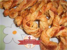 Puff pastry twists with brown sugar and cinnamon / glykesdiadromes.wordpress.com Brown Sugar, Shrimp, Cinnamon, Recipes, Twists, Wordpress, Food, Canela, Chunky Twists