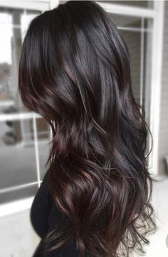 Hairstyles hair ideas hair tutorial hair colour hair updos messy hair long short and medium length hair. Balayage and ombre hair. Brunette blonde brown natural volume sleek layers auburn wavy straight curly hair. Easy and fancy hairstyles ponytail plaits fringe bun fishtail braids.