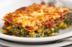 Saturday = Spinach and sweetcorn lasagne recipe. This sounds super easy and oh so yummy! And of course I'll have leftovers :}