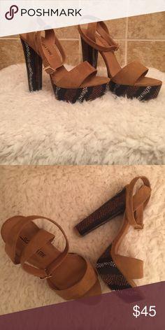 Beautiful snake skin brown heels size 9 Size 9 stylish snake skin heels. Goes good with black skinny jeans 👜 leila stone Shoes Heels