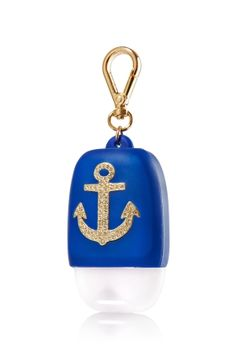 Anchor - PocketBac Holder - Bath & Body Works - Don't let germs come aboard with the perfect nautical accent! This convenient holder attaches to your backpack, purse & more so you can always keep your favorite PocketBac close at hand. Bath N Body Works, Bath And Body, Hand Lotion, Body Lotion, Alcohol En Gel, Hand Sanitizer Holder, Best Bath, Eye Photography, Perfume