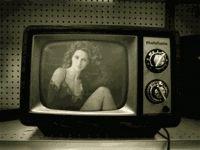 Fotomontaje Gif Animado con tu Foto en un TV Antigua