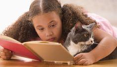 I libri non andrebbero mai vietati. I bambini sanno scegliere i libri in assoluta libertà  http://www.sulromanzo.it/blog/il-cuore-di-susanna-tamaro-pensante…