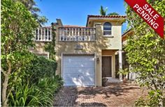 Miami Real Estate - Live the Magic!: NOW UNDER CONTRACT!! Sensational 3BR / 2.5BA Center Grove LuxuryTownhouse w/ Private Pool