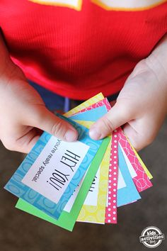 Free printable compliment cards to teach kids about kindness. This is a fun and free random act of kindness activity!