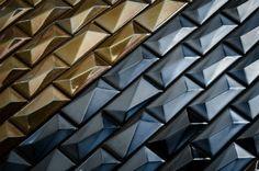 Blog da Revestir.com Solar da Super NGK traz nuances de cobre, ouro e prata em produtos de texturas variadas que proporcionam diferentes efeitos de aplicação.