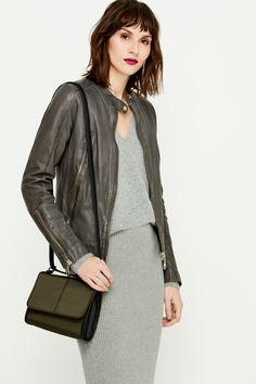 Satchel Handbags, Fashion Lookbook, Autumn Fashion, Collection, Shopping, Style, Purse, Fall, La Mode