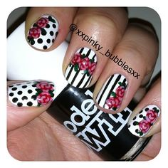 A little too much on all nails but the idea is cute for an accent nail.