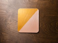 This gold and pearl mousepad is a wonderful addition to a home or office. COLOR: Gold / Pearl. Colors may vary slightly due to variations in