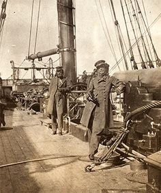 Captain Raphael Semmes (left) and Commander John McIntosh Kell on board the 'Alabama', Getty Images/Archive Photos/George Eastman House American Civil War, American History, Old Pictures, Old Photos, Southern Heritage, Southern Pride, Old Sailing Ships, Naval History, Civil War Photos