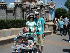 Great ideas for Disneyland dining & family vacation