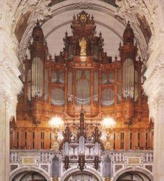 RepixLikeView Pic · Organo Duomo Di Berlino