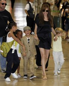 Brad Pitt and Angelina Jolie Want Two More Kids (Biological and Adopted) - Entertainment & Stars