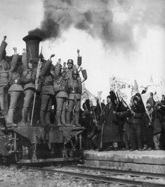 Chinese Nationalist troops leaving for the front, Taiyuan, October 1937
