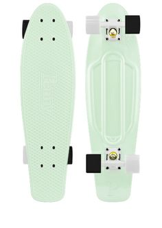 Glowing nickel board with white and black wheels!! I WANT IT