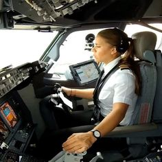 via  @PilotEyesStore  - It is never too late to achieve your dreams! You can become a successful First Officer of Boeing 737 like Maria Fernanda from AeroMexico. She's the most watches First Officer ever on Instagram  ➡️WWW.PILOTEYESSTORE.COM⬅ via @thisisaviation ➖➖➖➖➖➖➖➖➖➖➖➖➖➖➖➖⠀  BECOME AN AIRLINE PILOT TODAY!⠀  I have a BOOK to guide you step by step with 102 pages, full of information based on 7 years of experience.⠀ ✅ How to buy & Read it now?⠀ ℹ Visit © WWW.PILOTEYES737.COM⠀...