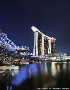 #Hotel Esplendor en las alturas  #Singapur. Un complejo hotelero de lujo de 929.000 m² que se convirtió en ícono de la ciudad, transformando el skyline y ofreciendo las mejores vistas de la bahía: Marina Bay Sands.