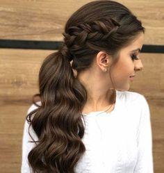 Elegant ponytail with side braid hair and beauty Eleganter Pferdeschwanz mit Seitengeflecht Haare und Beauty Braided Hairstyles Updo, Wedge Hairstyles, Feathered Hairstyles, Trendy Hairstyles, Hairstyle Ideas, Ladies Hairstyles, Black Hairstyles, Hairstyles For Women Long, Hairstyle Pictures