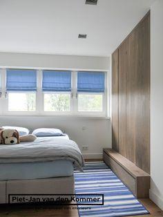 Luxe woonboerderij - Piet-Jan van den Kommer - jongensslaapkamer garderobe