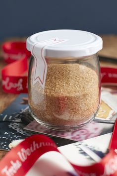 Apple punch spice mix and the taste of warm apple pie in a glass t … - Germany Rezepte Ideen Homemade Sweets, Rub Recipes, Emergency Food, Xmas Food, Eat Smart, Spice Mixes, Diy Food, Nom Nom, Goodies